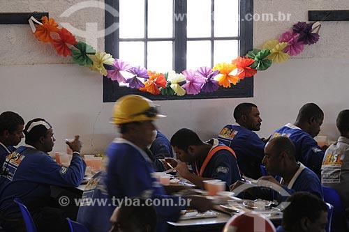 Assunto: Operários do PAC em Manguinhos - RefeitórioLocal: Rio de Janeiro - RJData: 07/07/2009