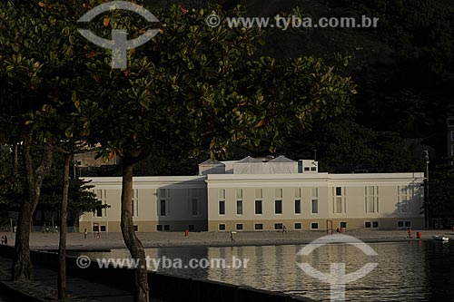 Assunto: Antigo Cassino da Urca e TV Tupi - Atual IED (Instituto Europeu de Design)Local: Praia da Urca - Urca - Rio de Janeiro - RJData: Julho de 2009