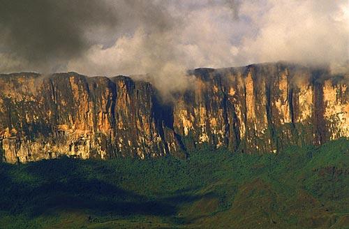 Assunto: Monte Roraima, território do Parque Nacional Canaima / Local: Santa Helena de Uairén - Venezuela / Data: Março de 2009