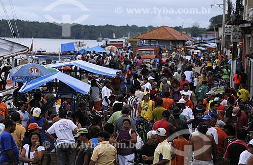 Assunto: Comércio na Feira de Abaetetuba / Local: Abaetetuba - Pará - Brasil / Data: 04-04-2009