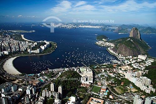 Assunto: Vista aérea da Zona Sul do Rio - Bairro de Botafogo com a Bahia de Guanabara e o Pão de Açúcar ao fundo / Local: Rio de Janeiro - RJ - Brasil / Data: Outubro de 2009