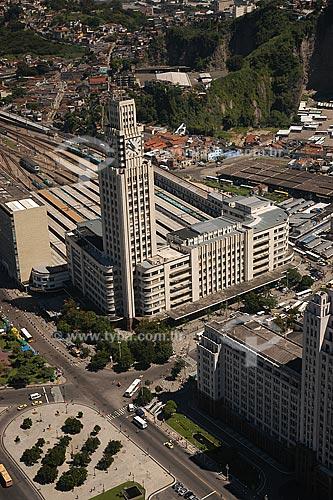 Assunto: Vista aérea da estação ferroviária Central do Brasil no Centro da cidade do Rio de Janeiro / Local: Rio de Janeiro - RJ - Brasil / Data: Março de 2005
