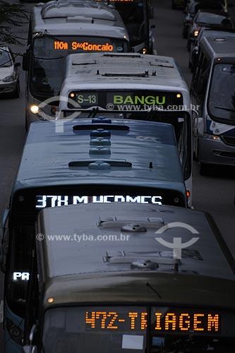 Assunto: Tráfego de ônibus na Avenida Presidente Vargas  / Local:  Centro - Rio de Janeiro - RJ  / Data: 12/08/2009