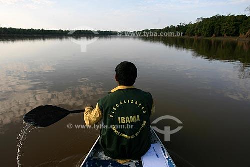 Assunto: Fiscal do IBAMA no Rio Amazonas  / Local:  Amazonas (AM) - Brasil  / Data: 28/09/2008