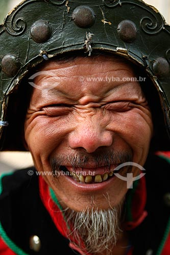 Assunto: Retrato de um chinês durante as olimpíadas de Pequim  / Local:  Pequim - China  / Data: Agosto de 2008