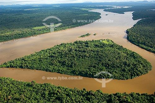 Assunto: Vista aérea do Rio Branco perto das cachoeiras do Bem-Querer  / Local:  25km ao norte de Caracaraí - Roraima - Brasil  / Data: Janeiro de 2006