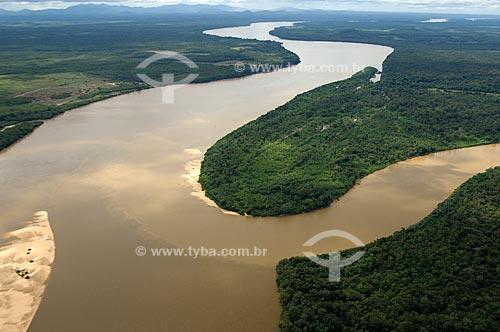 Assunto: Encontro das águas dos rios Mucajaí e Rio Branco  / Local:  Mucajaí - Roraima - Brasil  / Data: Janeiro de 2006