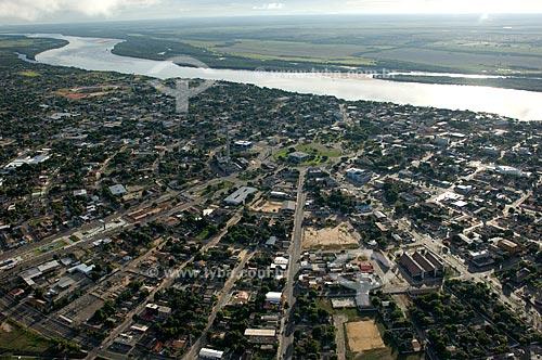 Assunto: Vista aérea da cidade de Boa Vista e Rio Branco - Praça e eixos radiais de cidade planejada  / Local:  Roraima - Brasil  / Data: Janeiro de 2006