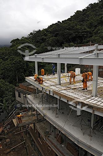 Assunto: Projeto AR2 (Empreiteira OAS), construção de unidades habitacionais do Morro Pavão Pavãozinho - PAC (Programa de Aceleração do Crescimento) /  Local: Ipanema - Rio de Janeiro / Data: outubro 2009