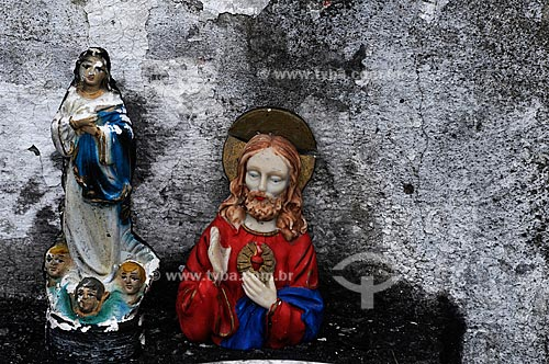 Assunto: Imagens de santos na Igreja de Nossa Senhora da Guia de Pacobaíba /  Local: Mauá - Baixada Fluminense - Rio de Janeiro / Data: 11/2009