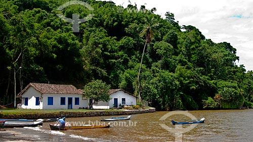 Assunto: Barcos de pesca na praia do Pontal  / Local:  Paraty- Costa Verde - Mata Atlântica - Rio de Janeiro  / Data: Janeiro de 2010