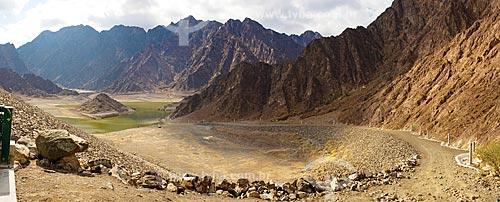 Assunto: Serra de Al Hajar - Barragem recentemente construída próximo à cidade de Hatta, para armazenar a água da chuva que escorre das montanhas  / Local:  Dubai - Emirados Árabes Unidos  / Data: 01/2009