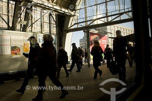 Assunto: Estação de trem urbano  / Local:  Berlim - Alemanha  / Data: 12/01/2009