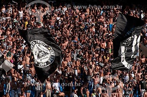 Assunto: Torcedores do Botafogo no Engenhão ( Estádio Olímpico João Havelange ) durante o jogo Botafogo x São Paulo / Local: Engenho de Dentro - Rio de Janeiro - RJ - Brasil / Data: 22/11/2009