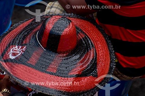 Assunto: Torcedor de chapéu na final do Campeonato Brasileiro de 2009 Grêmio x Flamengo / Local: Maracanã - RJ / Data: 06/12/2009