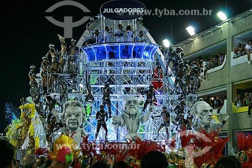 Assunto: Desfile do Grupo Especial das Escolas de Samba do Rio de Janeiro no Carnaval 2010 - Grande Rio  / Local:  Rio de Janeiro - RJ - Brasil  / Data: 15/02/2010