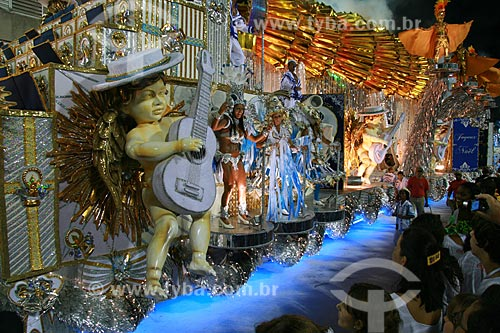 Assunto: Desfile das Campeãs do Rio de Janeiro no Carnaval 2010 - Vila Isabel  / Local:  Rio de Janeiro - RJ - Brasil  / Data: 20/02/2010