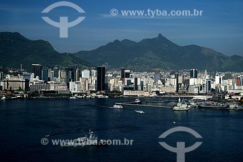 Assunto: Vista aérea da Ilha Fiscal com o Centro Rio de Janeiro ao fundo / Local: Rio de Janeiro - RJ - Brasil / Data: 11/2009