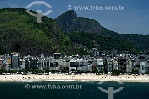 Assunto: Vista aérea do bairro de Copacabana com o morro do Corcovado ao fundo / Local: Rio de Janeiro - RJ - Brasil / Data: 11/2009