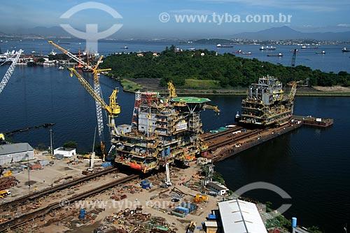 Assunto: Construção da plataforma de Mexilhão na Ilha da Conceição, parte do Pólo metalúrgico naval de Niterói - Estaleiro Mauá (Unidade Caximbau)  / Local:  Rio de Janeiro - RJ - Brasil  / Data: 11/2009