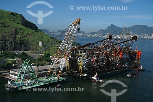 Assunto: Vista aérea da Construção da Plataforma de Mexilhão no Estaleiro Mauá  / Local:  Niterói - RJ - Brasil  / Data: 11/2009