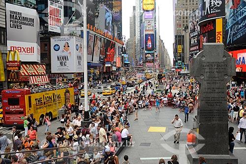 Assunto: Turistas no Times Square / Local: Nova Yorque - Estados Unidos da América (EUA) / Data: julho 2009