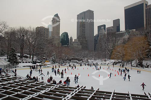 Assunto: Wollman Skating Rink, Pista de patinação no gelo no Central Park  / Local:  Nova Yorque - Estados Unidos da América  / Data: 10/2008
