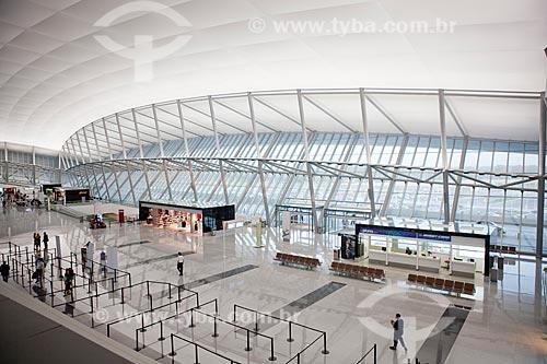 Assunto: Hall de entrada do Aeroporto Internacional de Carrasco - General Cesareo L. Berisso - projeto do arquiteto uruguaio Rafael Viñoly / Local:  Montevidéu - Uruguai  / Data: 10/03/2010