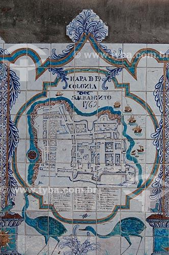 Assunto: Azulejo português com mapa antigo / Local:  Bairro Histórico de Colônia do Sacramento - Uruguai - América Latina  / Data: 13/03/2010