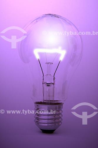 Assunto: Lâmpada elétrica  / Local:  / Data: 03/2010
