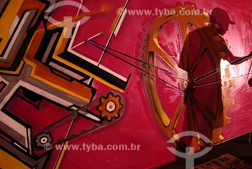 Assunto: Produção da exposiçao da MAFIA 44, grupo de grafiteiros formado por jovens de São Gonçalo e Niterói  / Local:  Rio de Janeiro - RJ - Brasil  / Data: 27/04/2009