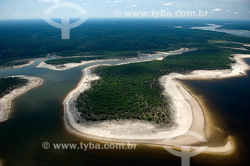 Assunto: Lago de água preta ao sul de Nova Olinda do Norte  / Local:  Amazonas (AM) - Brasil  / Data: 11/2007