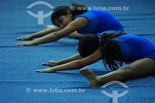 Assunto: Aula de Ginástica Olímpica no SESC Nova Iguaçu  / Local:  Nova Iguaçu - RJ - Brasil  / Data: Setembro de 2007