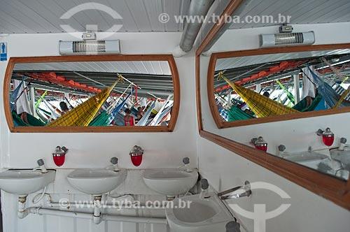 Assunto: Interior de barco regional da Amazônia / Local: Manaus - Amazonas (AM) - Brasil / Data: 01/11/2009