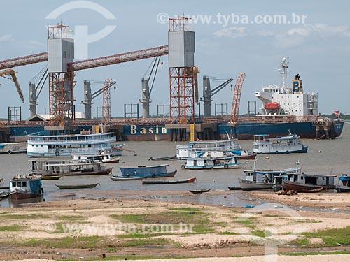 Assunto: Terminal portuario da Cargill em Santarém, de onde se exporta a soja / Local: Santarém - Pará (PA) - Brasil / Data: 25/04/2010
