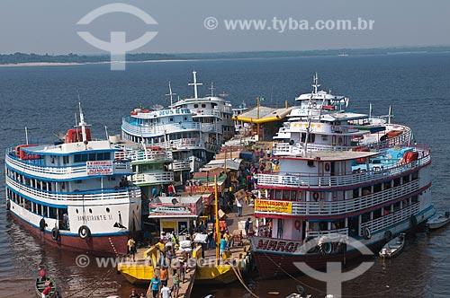 Assunto: Barcos regionais da amazônia atracados no Porto de Manaus / Local: Manaus - Amazonas (AM) - Brasil / Data: 01/11/2009