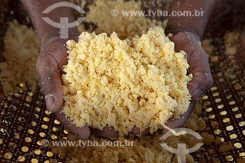 Assunto: Fabricação artesanal de farinha de mandioca / Local: Parintins - Amazonas - Brasil / Data: 25/10/2009