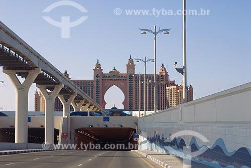 Assunto: Estrada de Dubai com Hotel Atlantis ao fundo  / Local: Dubai - Emirados Árabes  / Data: Janeiro de 2009