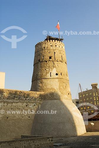 Assunto: Vista externa da torre da antiga fortaleza - hoje transformada no Museu Histórico de Dubai  / Local: Dubai - Emirados Árabes  / Data: Janeiro de 2009