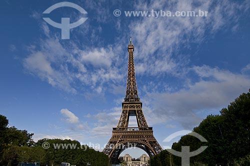 Assunto: Torre Eiffel e Campo de Marte ao entardecer / Local: Paris - França / Data: 14/09/2009