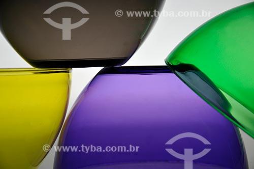 Assunto: Tigelas coloridas / Local: Estúdio / Data: 04/2010