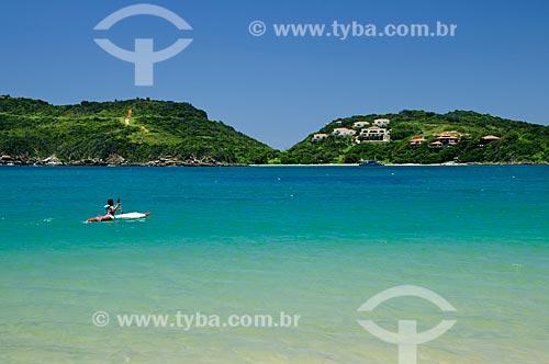 Assunto: Caiaque na Praia da Ferradura  / Local:  Búzios - Rio de Janeiro - RJ - Brasil  / Data: 12/2008