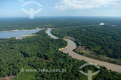 Assunto: Encontro dos rios Igapó-açu e Madeirinha  / Local:  Amazonas (AM) - Brasil  / Data: 11/2007