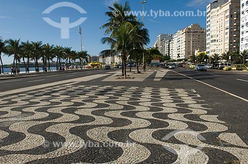 Assunto: Calçadão central da Praia de Copacabana  / Local:  Rio de Janeiro - RJ - Brasil  / Data: 11/2007