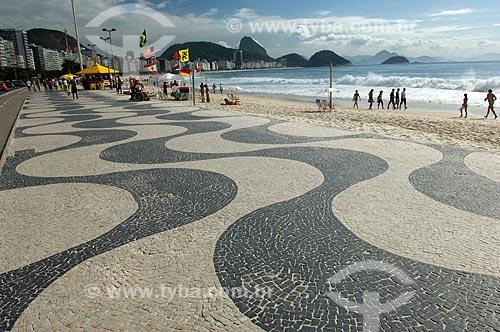 Assunto: Calçadão da Praia de Copacabana  / Local:  Rio de Janeiro - RJ - Brasil  / Data: 11/2007
