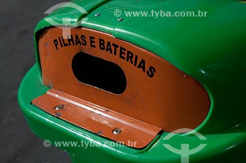 Assunto: Coleta seletiva de pilhas e baterias para reciclagem  / Local:  Rio de Janeiro - RJ - Brasil  / Data: 12/10/2010