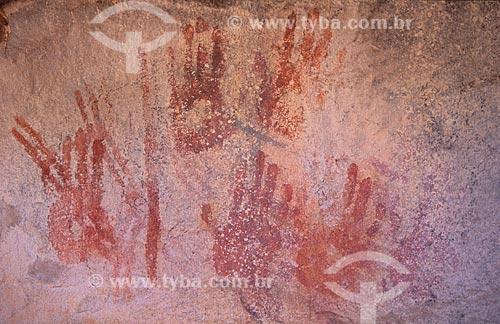Assunto: Pinturas rupestres em sítio arqueológico  / Local:  São Raimundo Nonato - Piauí - BA - Brasil  / Data: 1995
