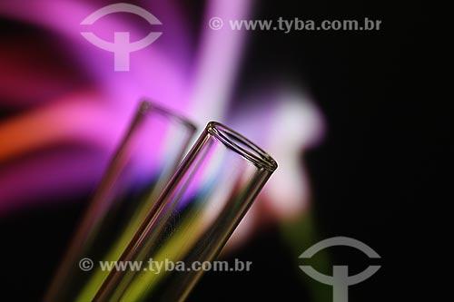 Assunto: Detalhe com tubo de ensaio em vidro / Local: Estúdio / Data: 16/07/2010