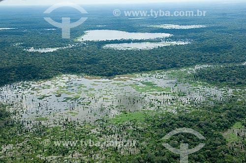 Assunto: Vista aérea da várzea do rio Mamoré inundada durante a grande enchente do o verão de 2008  / Local:  Perto de Trinidad - capital do Departamento de Beni - Bolívia  / Data: 03/2008