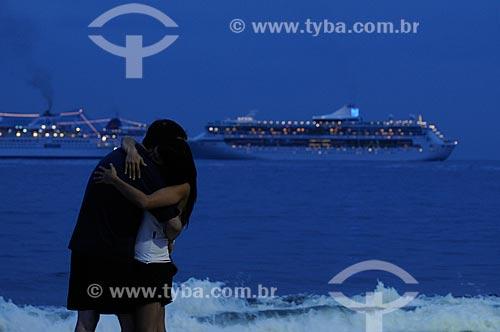 Assunto: Casal se beijando no reveillon de Copacabana  / Local:  Rio de Janeiro - RJ - Brasil  / Data: 31/12/2008